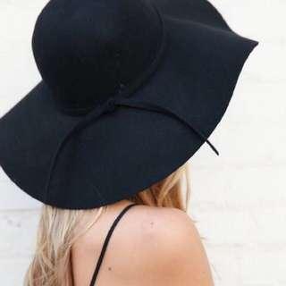 Floopy Beach Hat