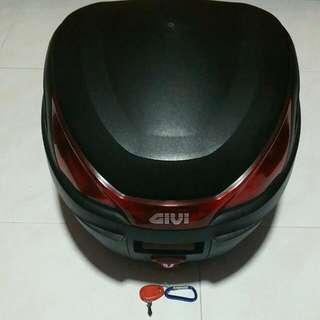 27L Givi Top Box(No Brackets)