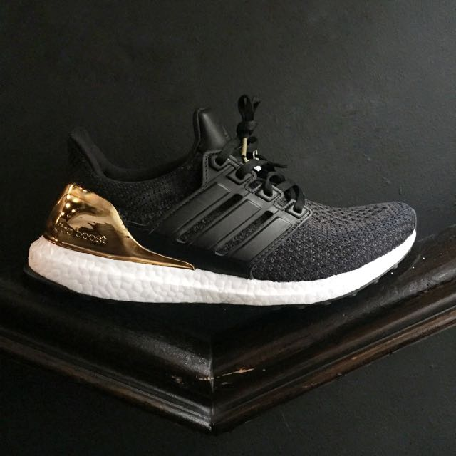 69e8b8b9e Adidas Ultra Boost 2.0 LTD ( Core Black   Metallic Gold) US8.5 ...