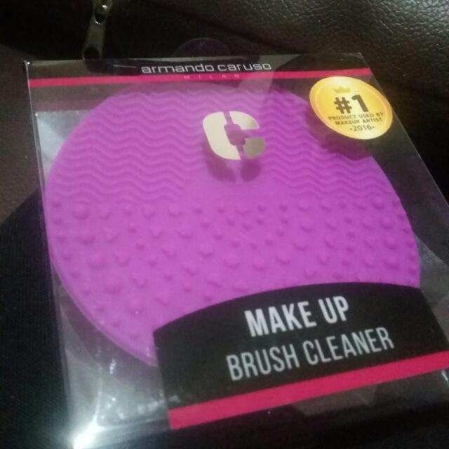 Armando Caruso Make Up Brush Cleaner