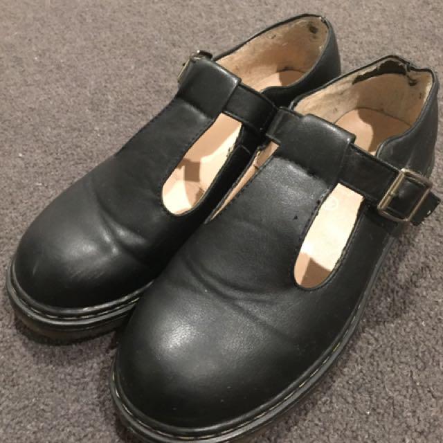 ASOS Black Flat Shoes Size AU8