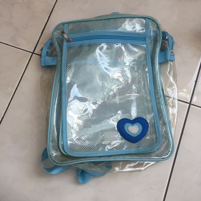 backpack transparant
