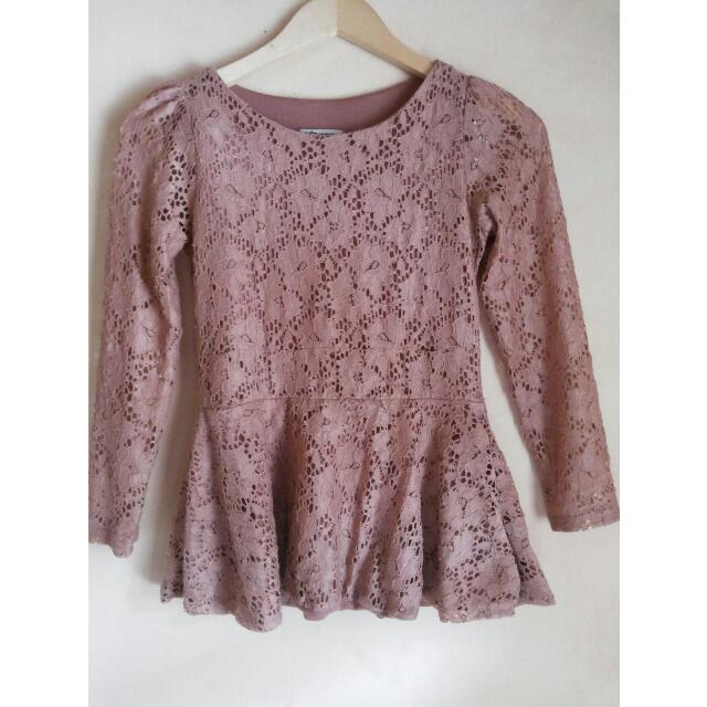 Blouse Peplum Brokat