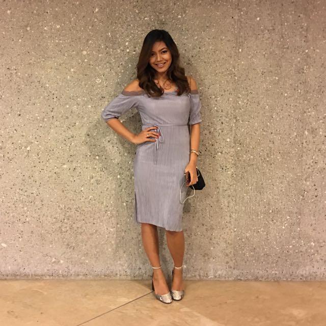 Classy and beautiful TOPSHOP Off shoulder dress