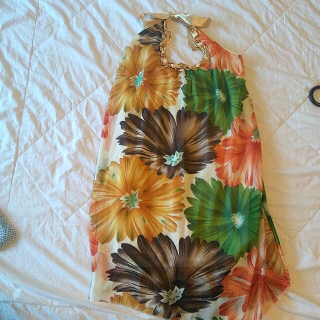 Dress Pantai Cantik