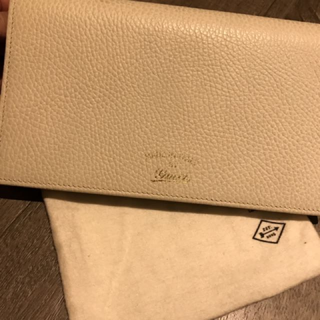 Gucci Wallet Pouch