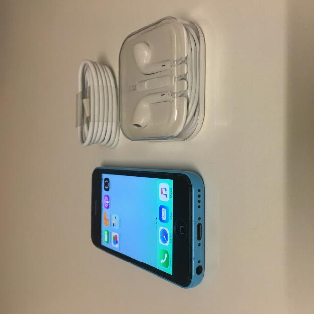 iPhone 5C. Blue.. With Warranty