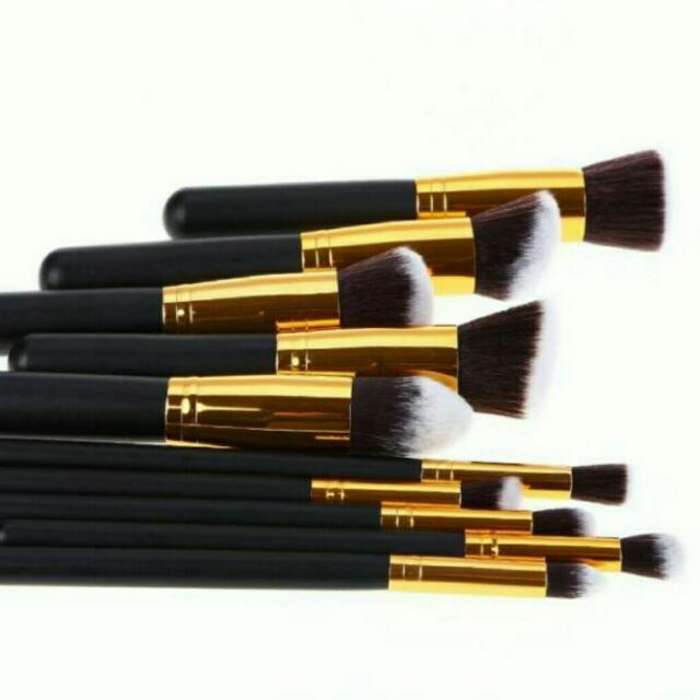 Kabuki Brush 10 Pcs