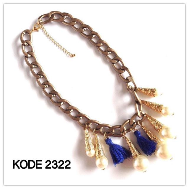 Necklace 2322