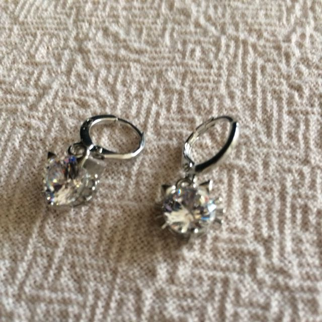 New Kitty Earrings