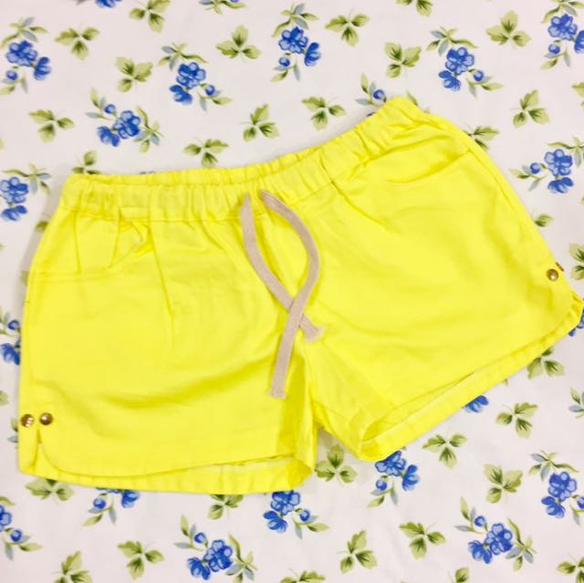 NEW Yellow Hotpants