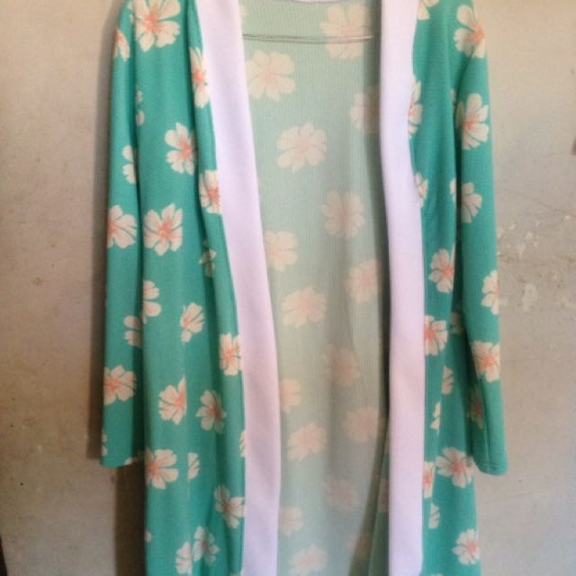 Outer Flower Tosca