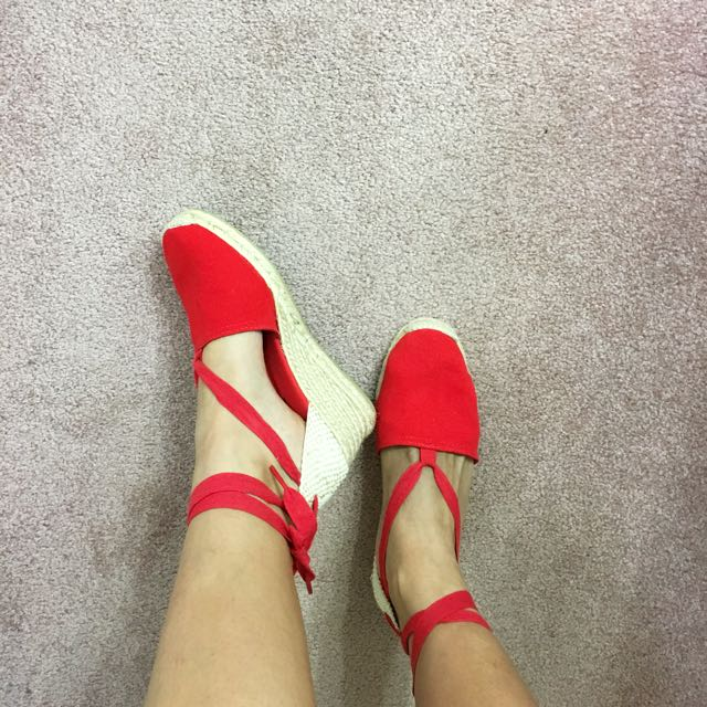Red Wedge Lace-up Sandals With Box