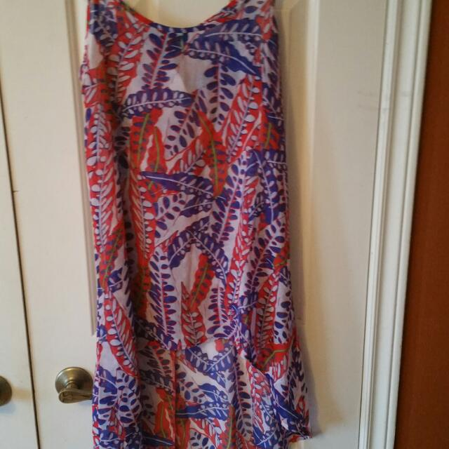Sleeveless High And Low Top Size S