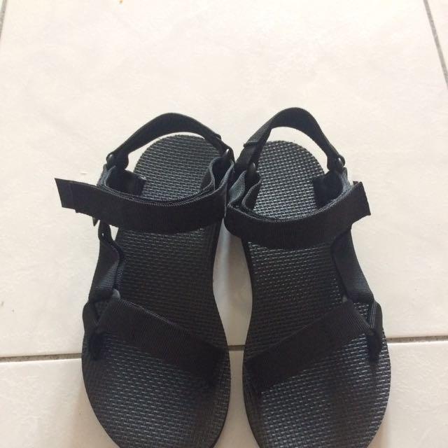 Teva 經典款涼鞋(女)尺寸24