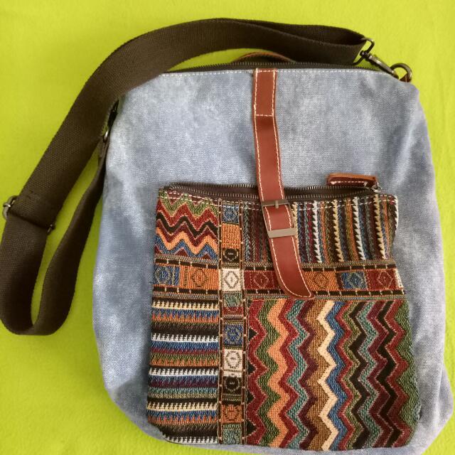c8f024a93a Travel Canvas Bag Sling Bag Backpack like new