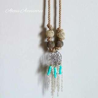 Woman's Dream Catcher Necklace
