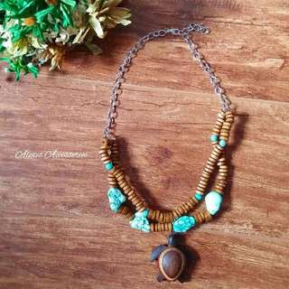 Woman's Turtle Necklace