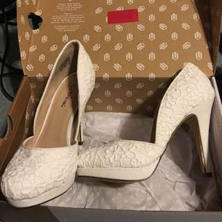 Call It Spring White Heels New Size 6.5
