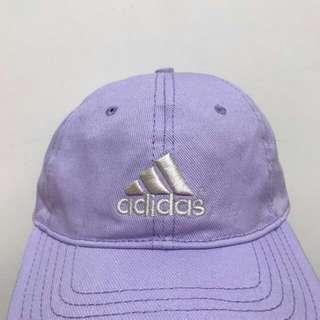 Adidas粉紫色老帽