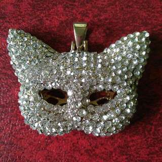 Crytalline Cat Pendant Without Chain