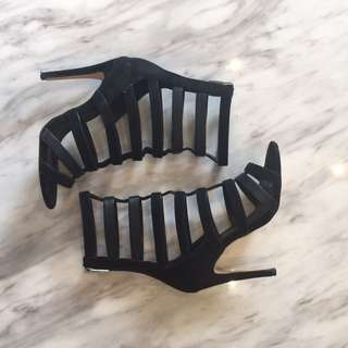 Diavolina Size 7.5 Textured Strappy Black Heels || FREE EXPRESS POST
