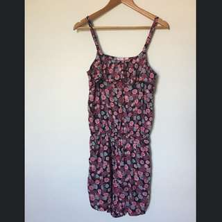 *Reduced* Floral Jumpsuit With Pockets Sz Small