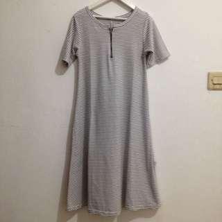 DRESS KAOS PUTIH(preloved)