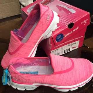sepatu skechers go walk warna pink