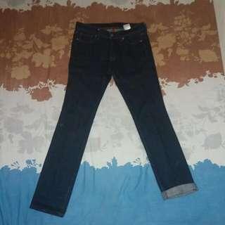 Jeans Uniqlo Size 30( 71cm )