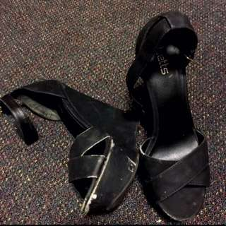 Betts Black Heels Size 40