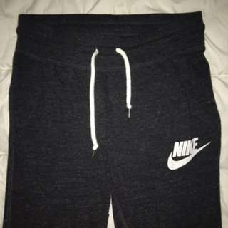 Nike 3/4s Sweatpants