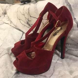 Red platform heels Size 6