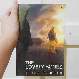 The Lovely Bones by Alicia Sebold