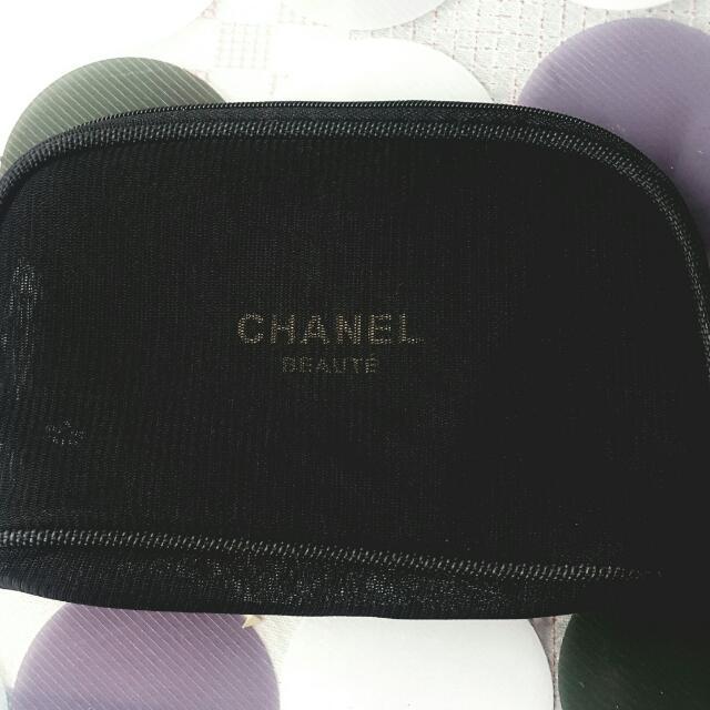 香奈兒手提包,萬能包,化妝包。全新黑色