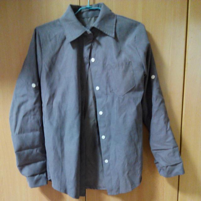 灰色復古襯衫外套