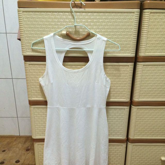 夜店小洋裝 白趴可穿 性感小洋裝