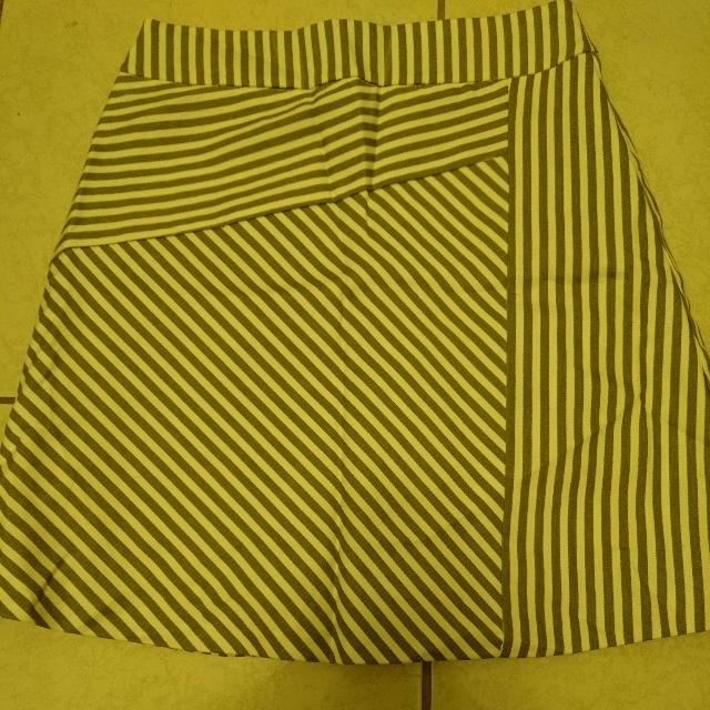 雙層不規則條紋斜邊 a字裙 短裙