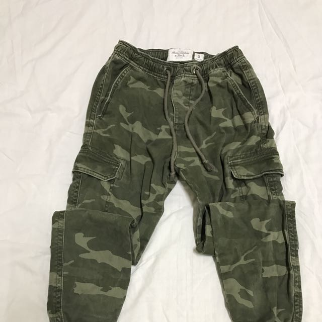 A&F 男性迷彩長褲 S號