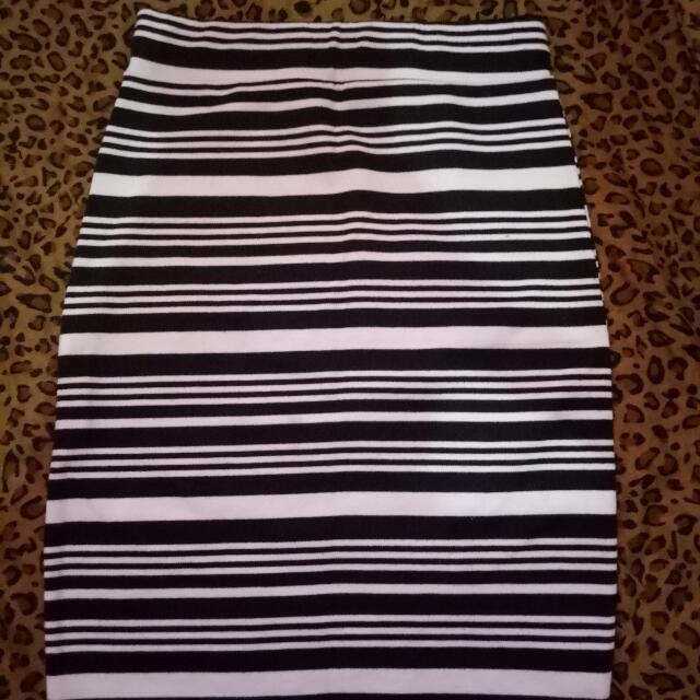 Black and White stripes Pencil cut shirt