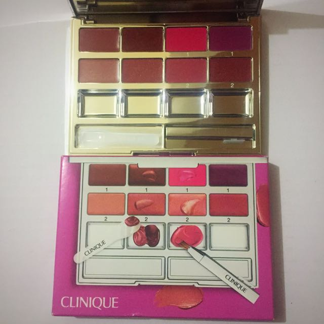 BNIB & With Clinique Pallet And Mixing Station Kit