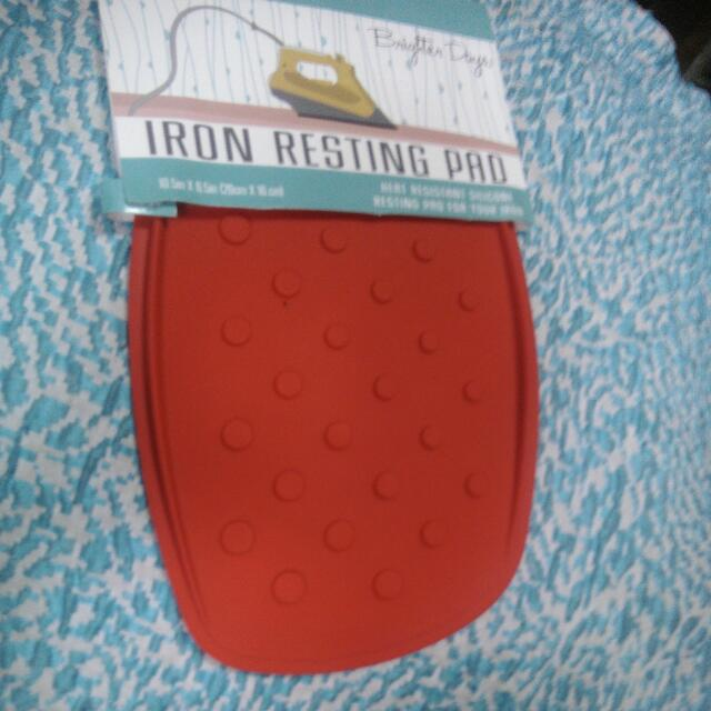 Heat Resistance Silicon Resting Pad For Your Iron