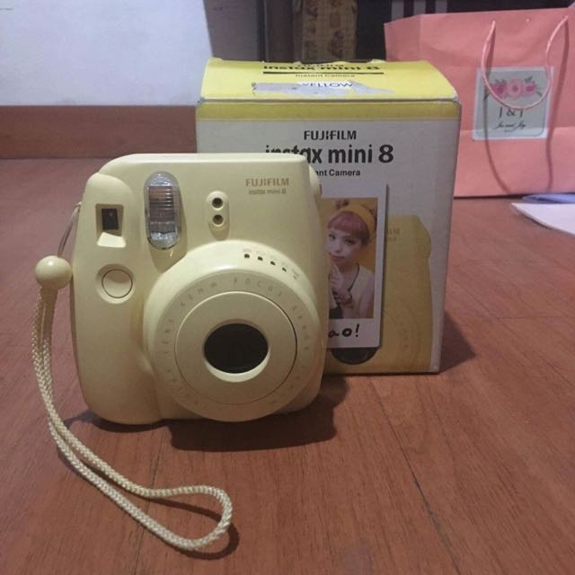 Instax Mini 8 Polaroid