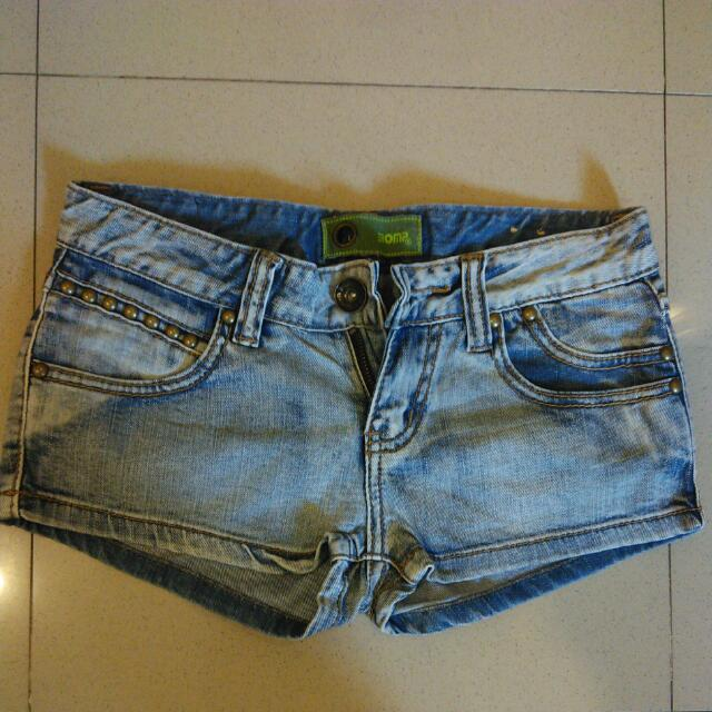 Jeans Short Size Small