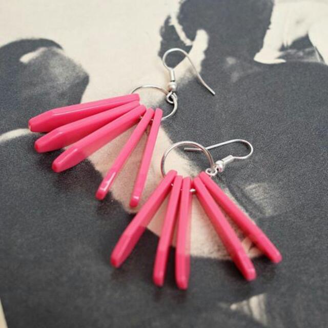 kila earrings
