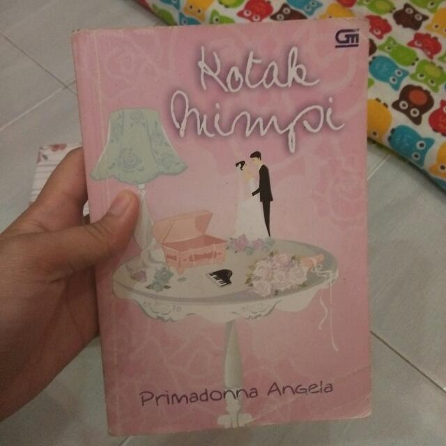 Kotak Mimpi Novel