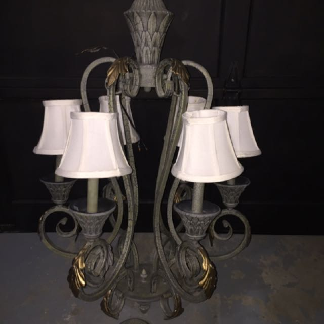 Large candle light antique style chandelier