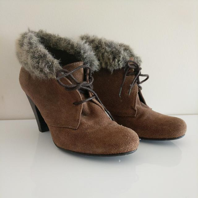 Laureana Brown Suede Boots