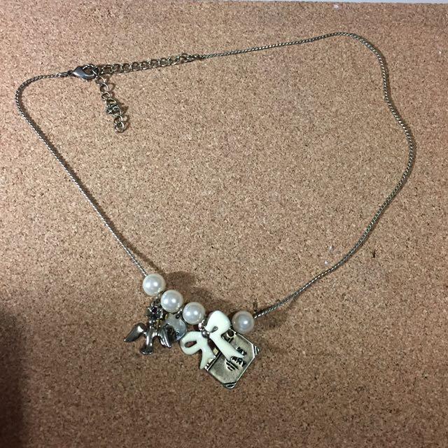 necklace ribbin