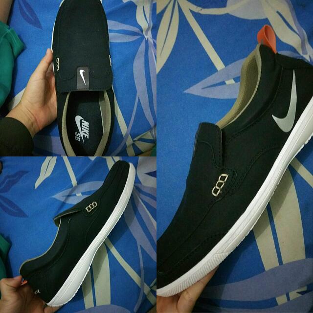 Nike Black KW Ukuran 43